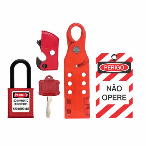 A NR-10 também prevê o uso dos Equipamentos de Proteção Individuais (EPIs)  para os trabalhos em instalações elétricas, quando as medidas de proteção  ... 06a7d5920e